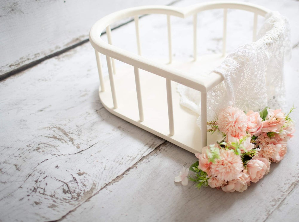 Image of New!!! Heart crib. Ready to post
