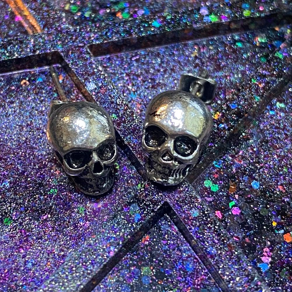 Mini Skull Stud Earrings