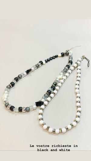 Image of Phone Beads su misura