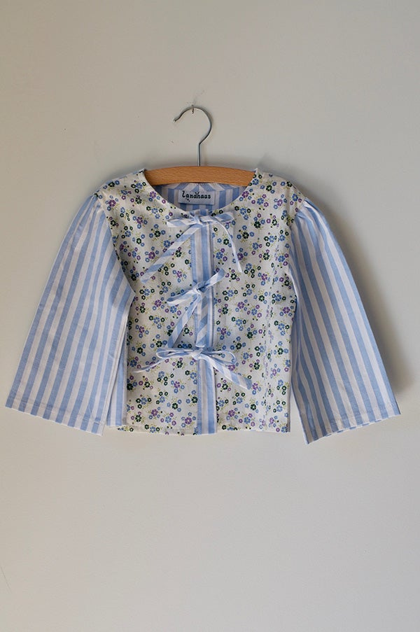 Image of Landhaus Floral & Stripe Blouse Blue