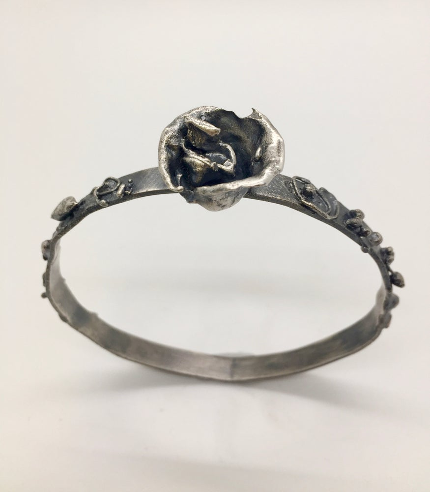 Image of Reticulated Rose Bangle