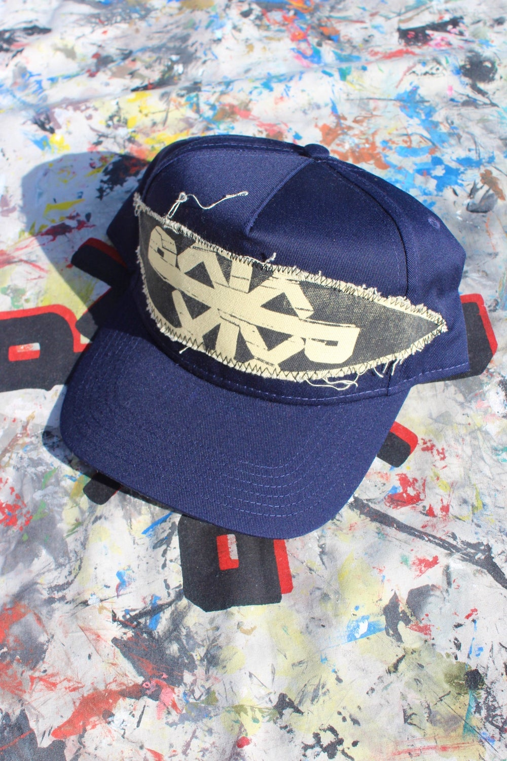 see that baseball cap in navy blue