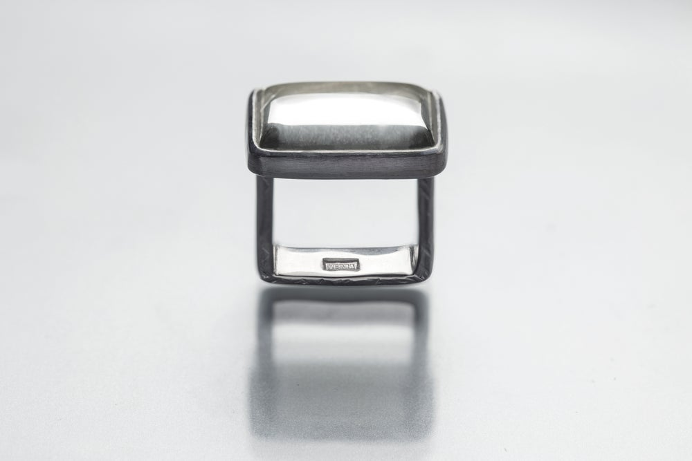 """Image of """"Without doubt"""" silver ring with rock crystal · SINE DUBIO ·"""