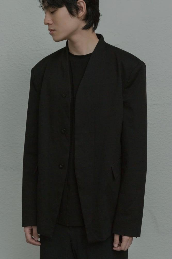 Image of TRAN - 極簡西裝外套 (黑)
