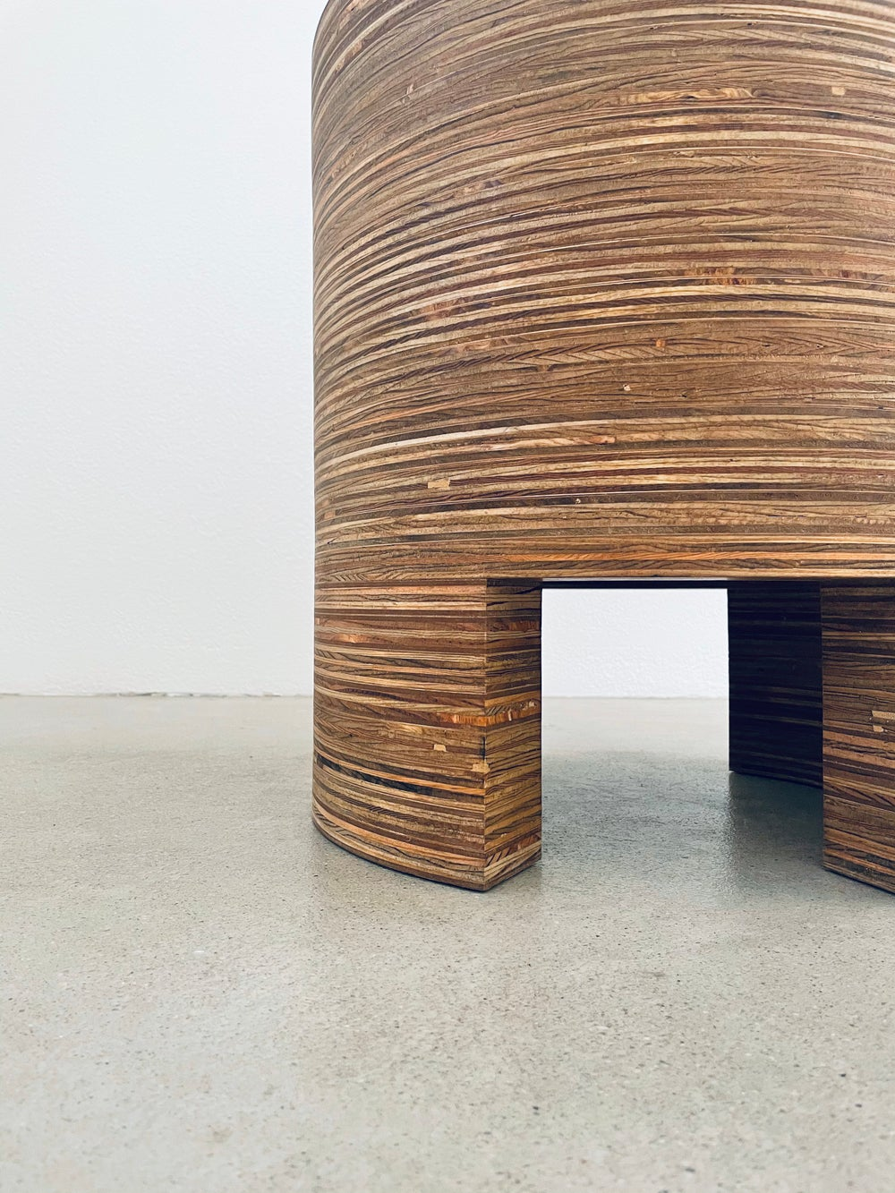 Image of JUA SIDE TABLE