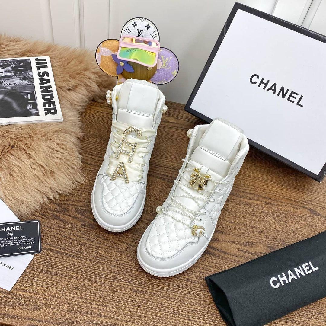 Image of Chanel Meet Nike