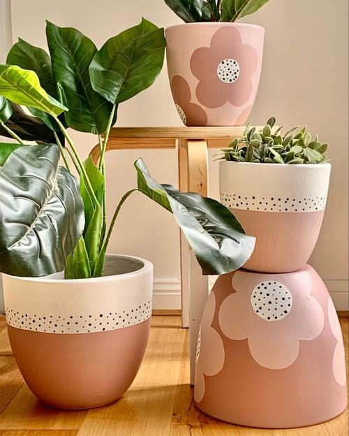 Image of Planters - MEDIUM