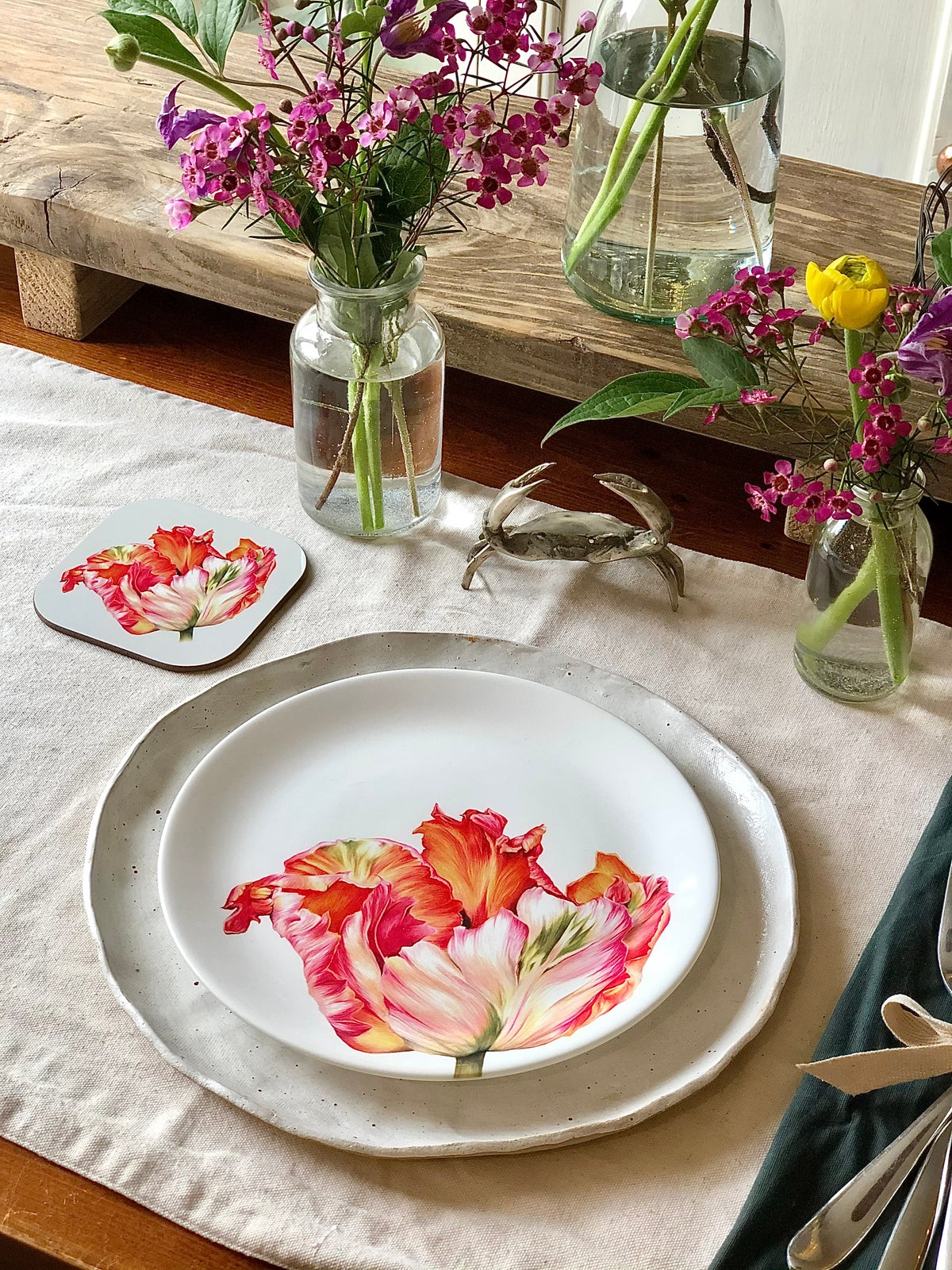 """Image of Apricot Tulip 8"""" Plate"""