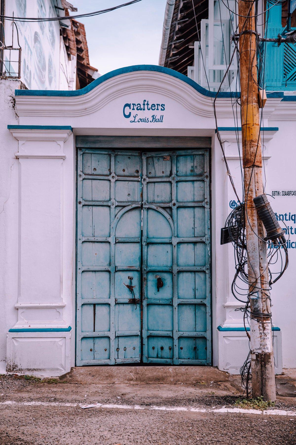 Crafters door