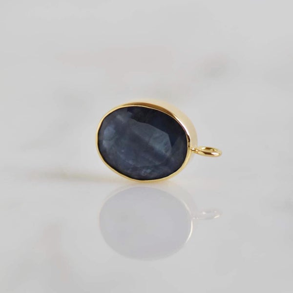 Image of Natural Blue Sapphire ova cut 14k gold neckace