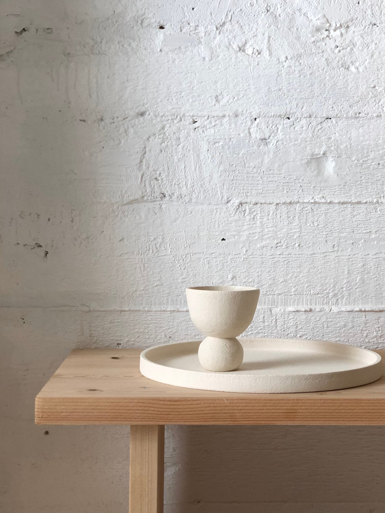 Image of WHITE TRAY AND CHALICE