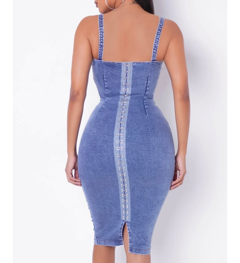 Image of Sandy (Denim Wash MIDI Dress)