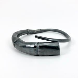 Image of Black Silver Tendril Bangle Bracelet 02