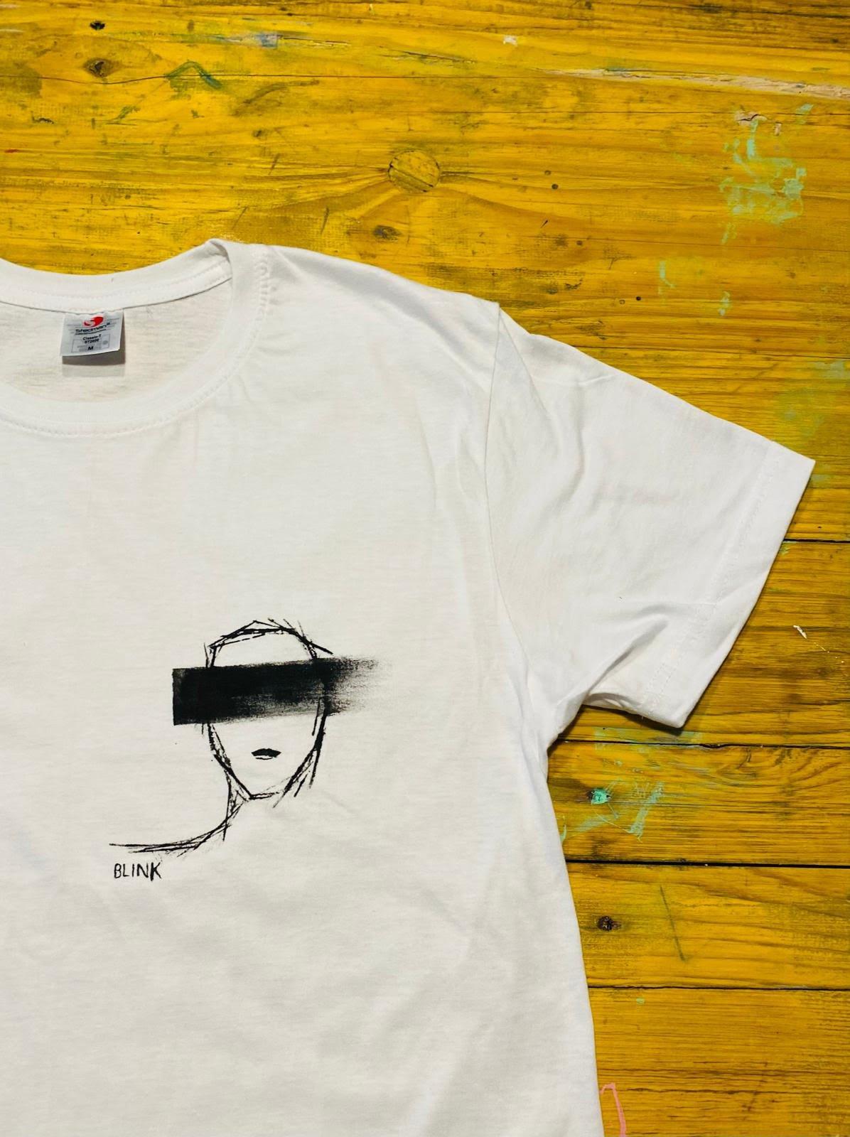 Image of BLink shirt di Tita e Eco Dario