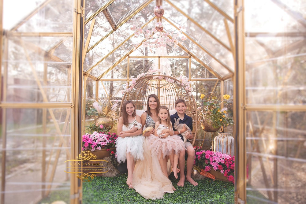 Image of Spring and Easter Mini Sessions at the Greenhouse at Warehouse 30a