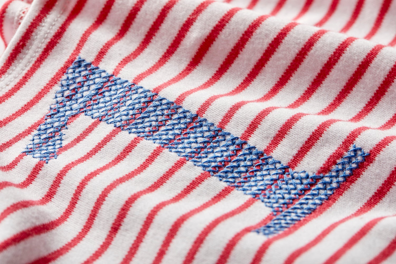 Image of Geburtstags-Shirt rot gestreift mit blauer gestickter Zahl (für 1 bis 6 Jahre) Art.266275