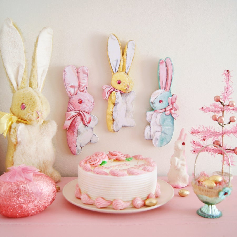 Image of Vintage inspired stuffed Bunny plaque (pink, blue, or yellow)