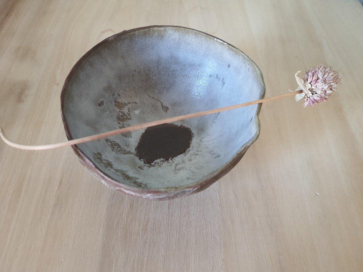 Image of Ciotola con piede| GUSCI IN GRÈS