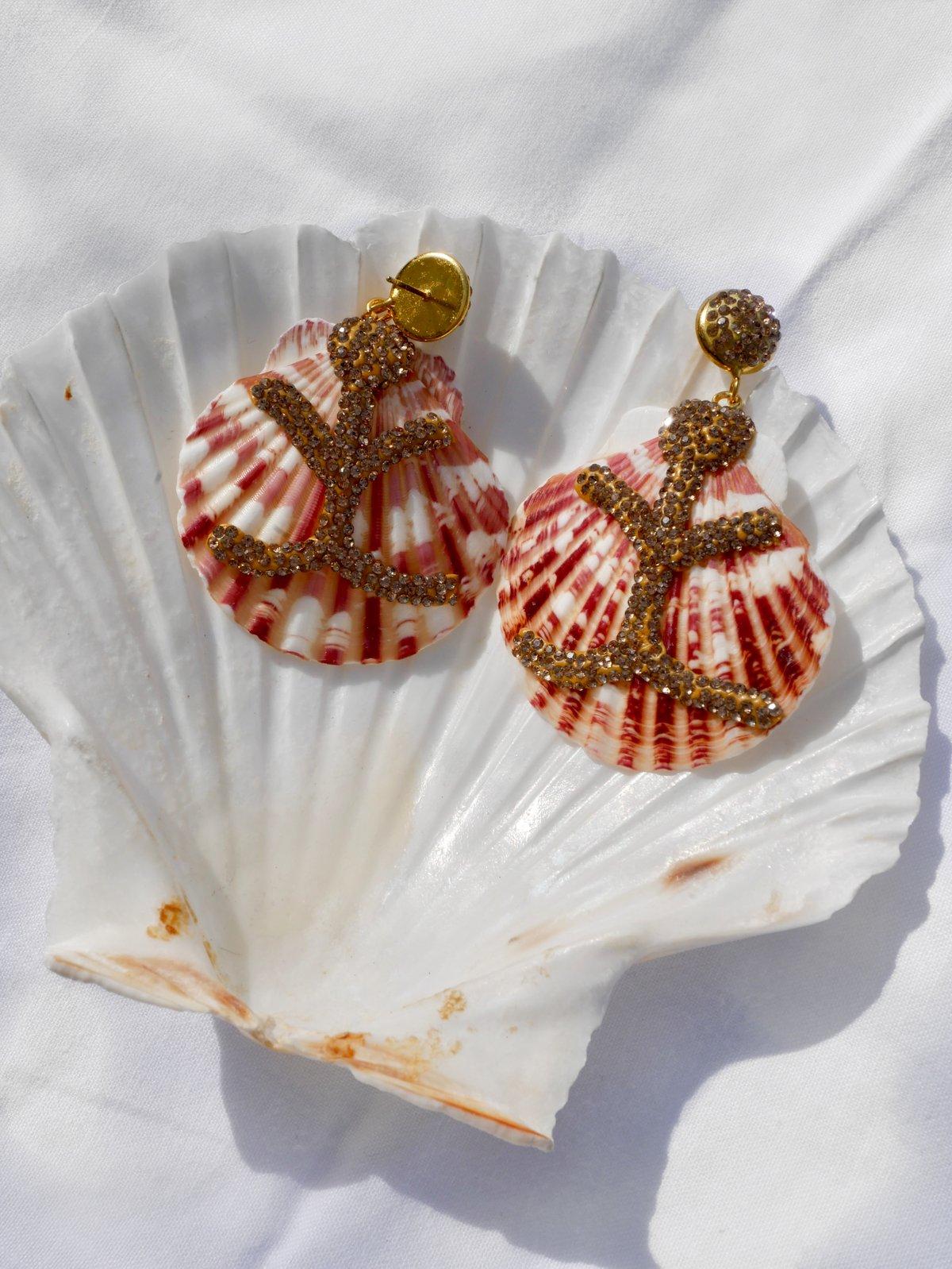 Geraldine Shell Earrings