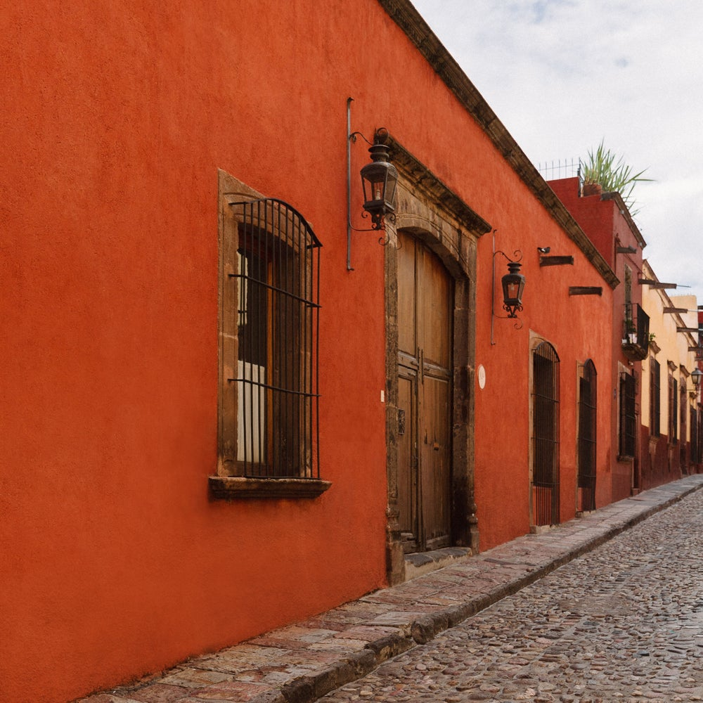 Image of Rojo