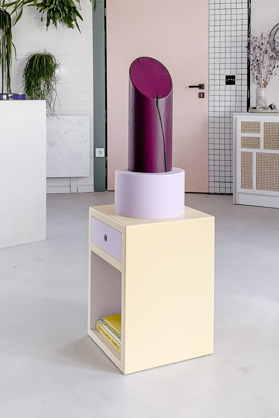 Image of LIPSTICK (with opening and drawer)