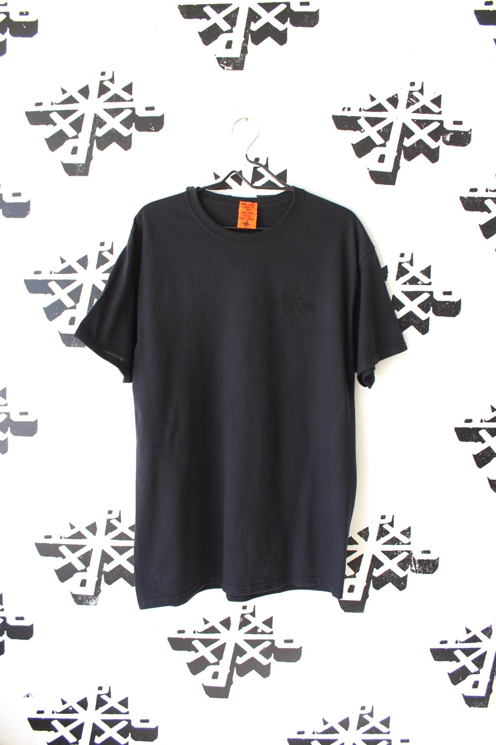 stacked tee in black