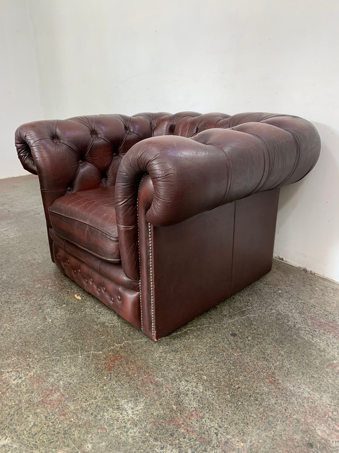 Image of CHESTERFIELD ARMCHAIR