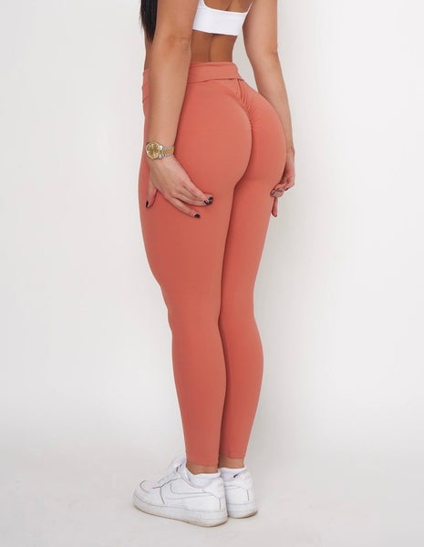 Image of PEACHY SCRUNCH BOOTY LEGGINGS CORAL
