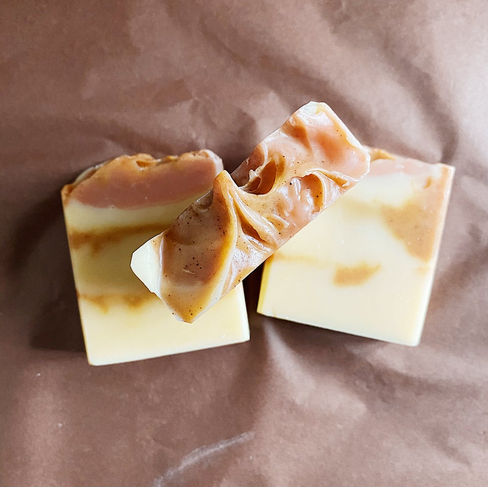Image of Sweet Orange & Ylang Ylang Soap with Tumeric and Pink French Clay