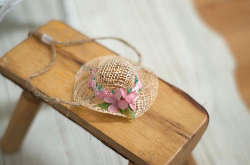 Image of Hat tieback (pink)