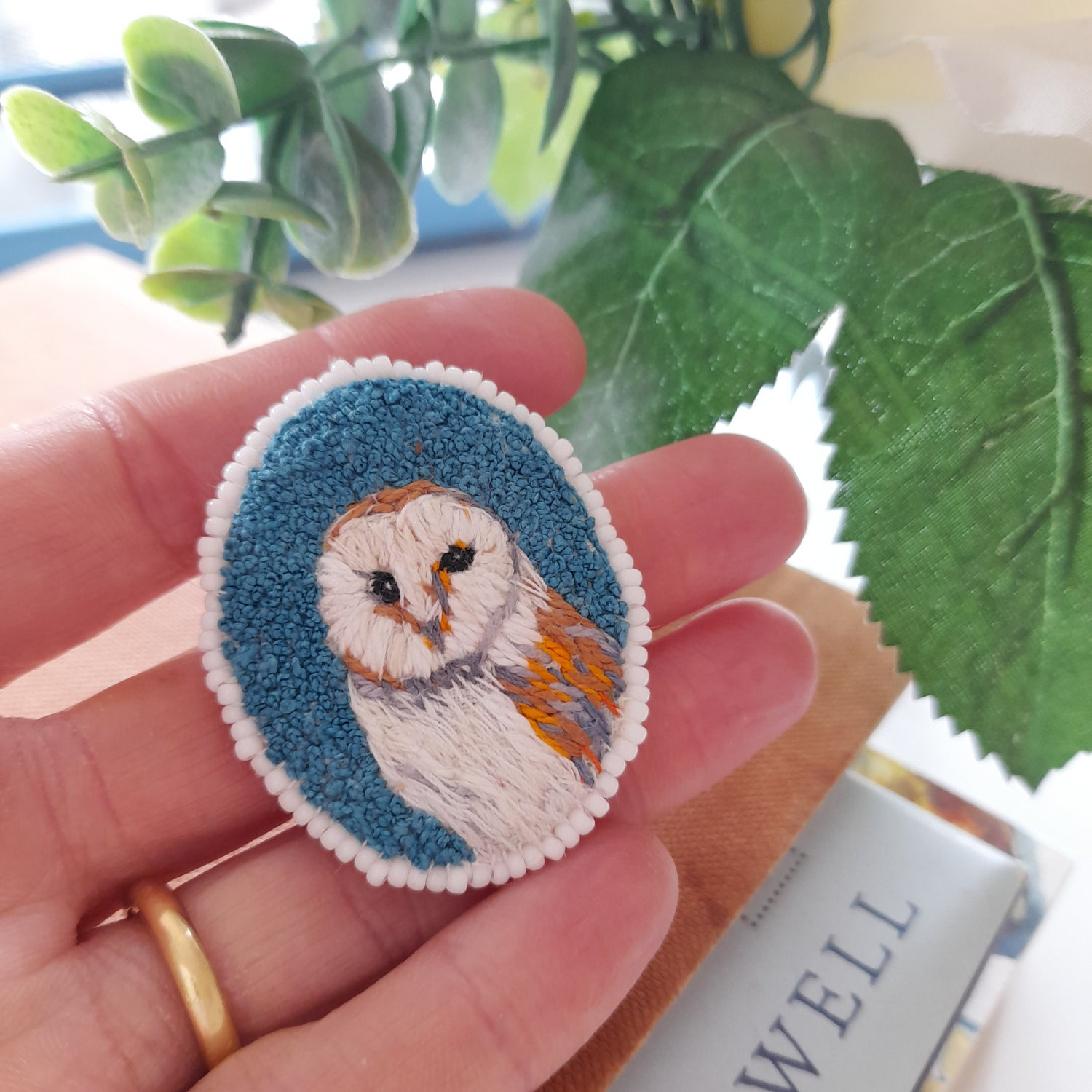 Image of Barn Owl Hand Stitched Brooch
