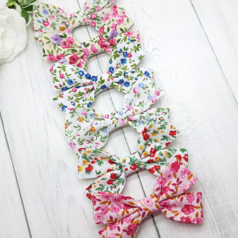 Image of Floral Cotton Bows
