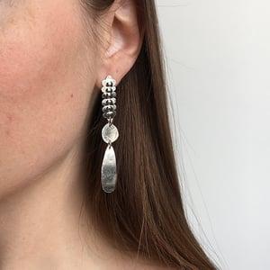 Image of vel earring