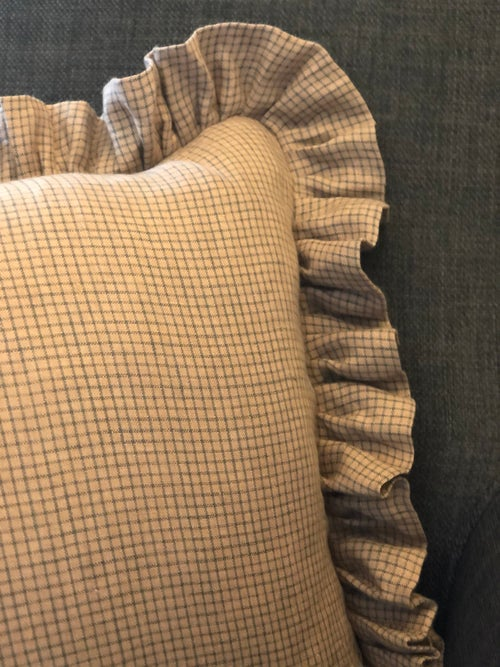 Image of Linen frill Cushion Cover