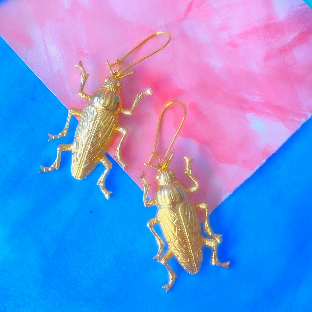 Image of BEETLE BABE EARRINGS