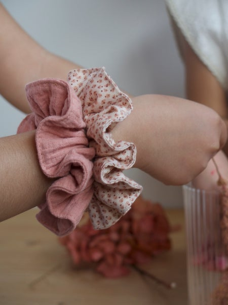 Image of SCRUNCHIES FLAMINGO