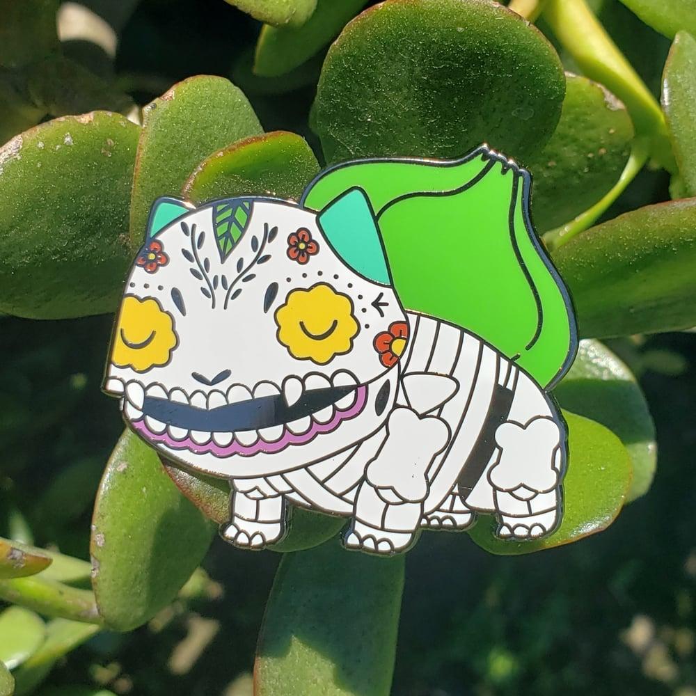 Bulbasaur Calavera Enamel Pin