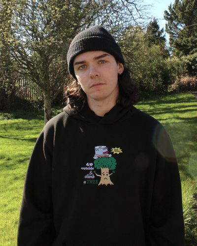 "Image of ""Climb a tree"" embroidered hoodie (Black)"