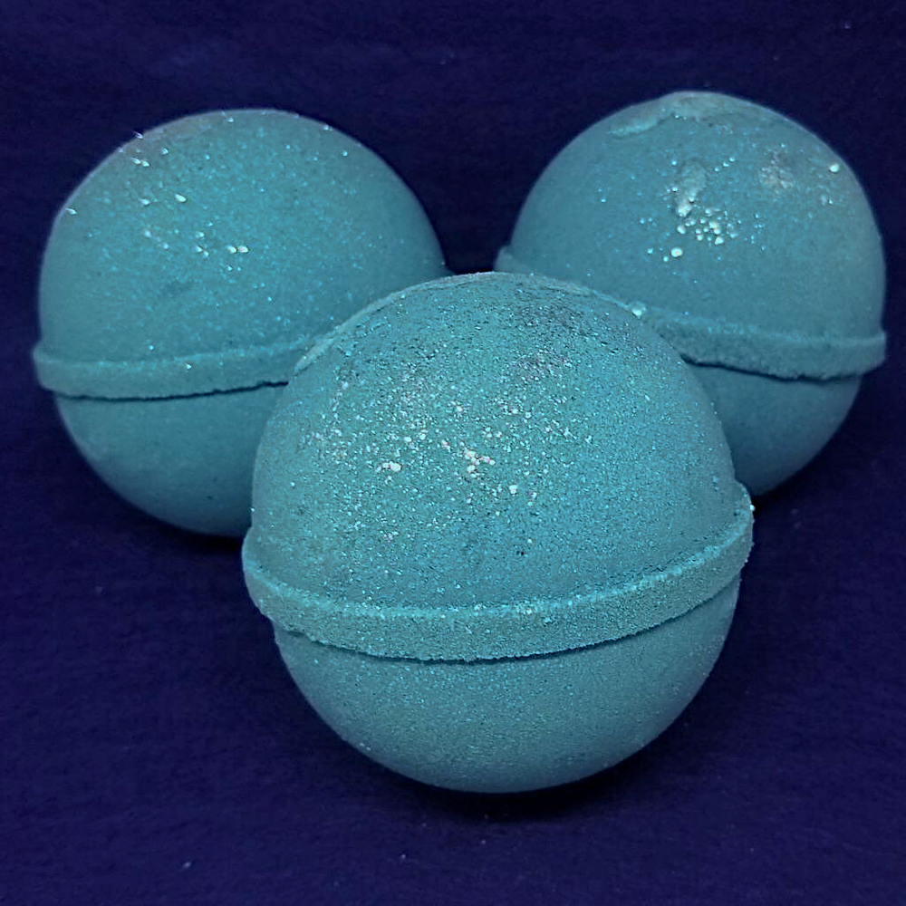 Image of Blueberry Thyme Luxury Shea Butter Bomb