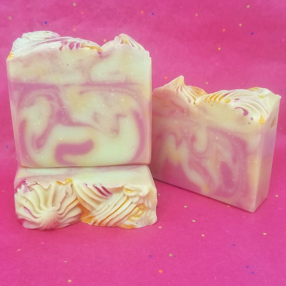 Image of Honeysuckle Soap