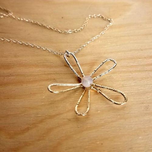 Image of Flower power pendant