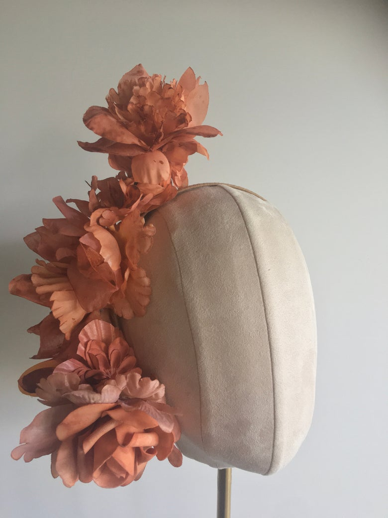 Image of Autumnal flower headpiece
