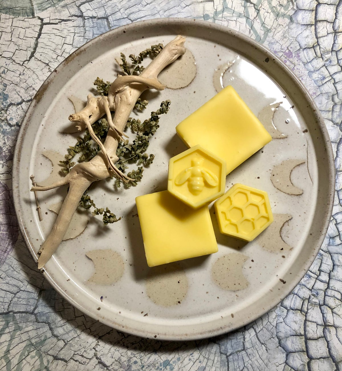 Image of Beeswax & Coco soy wax Melts in Sweet Orange