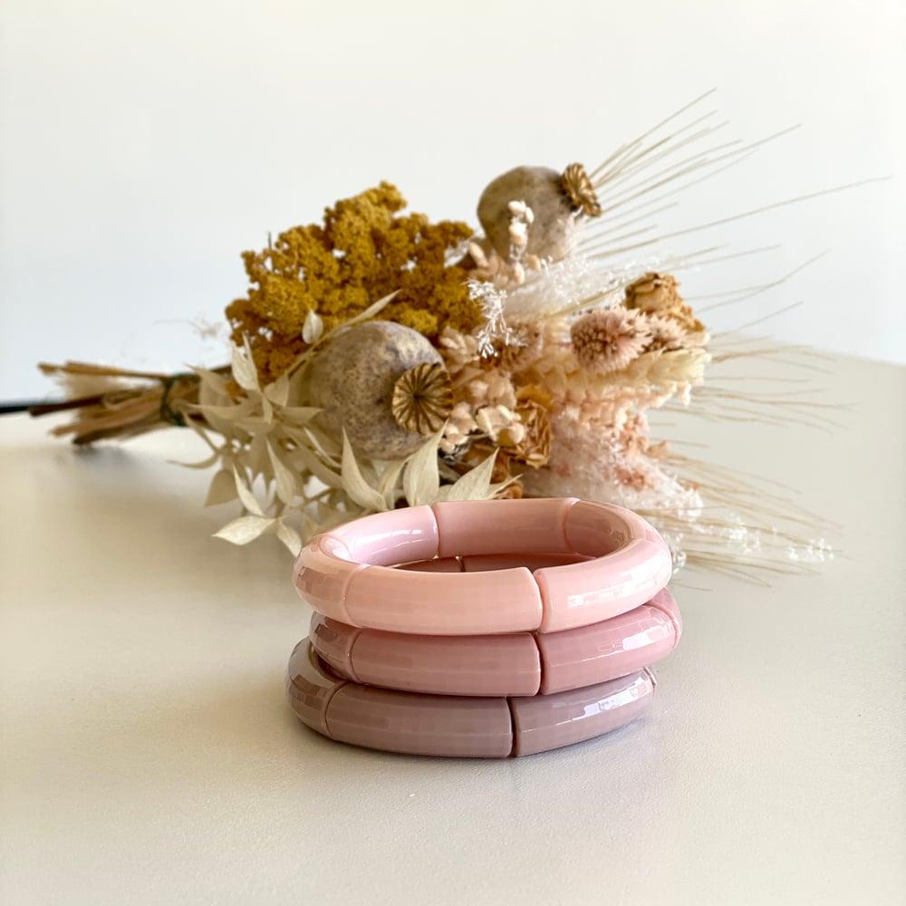 Image of Bracelet résine // rose pâle, rose moyen, ou rose parme
