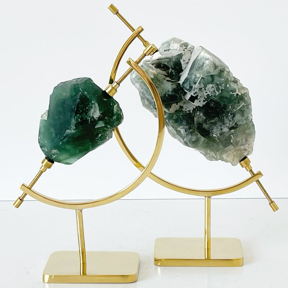 Image of Green Fluorite no.33 + Brass Arc Stand