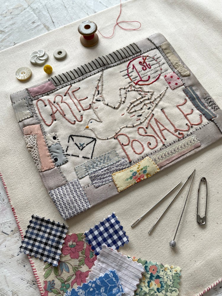 Image of 'Carte postale' embroidery template