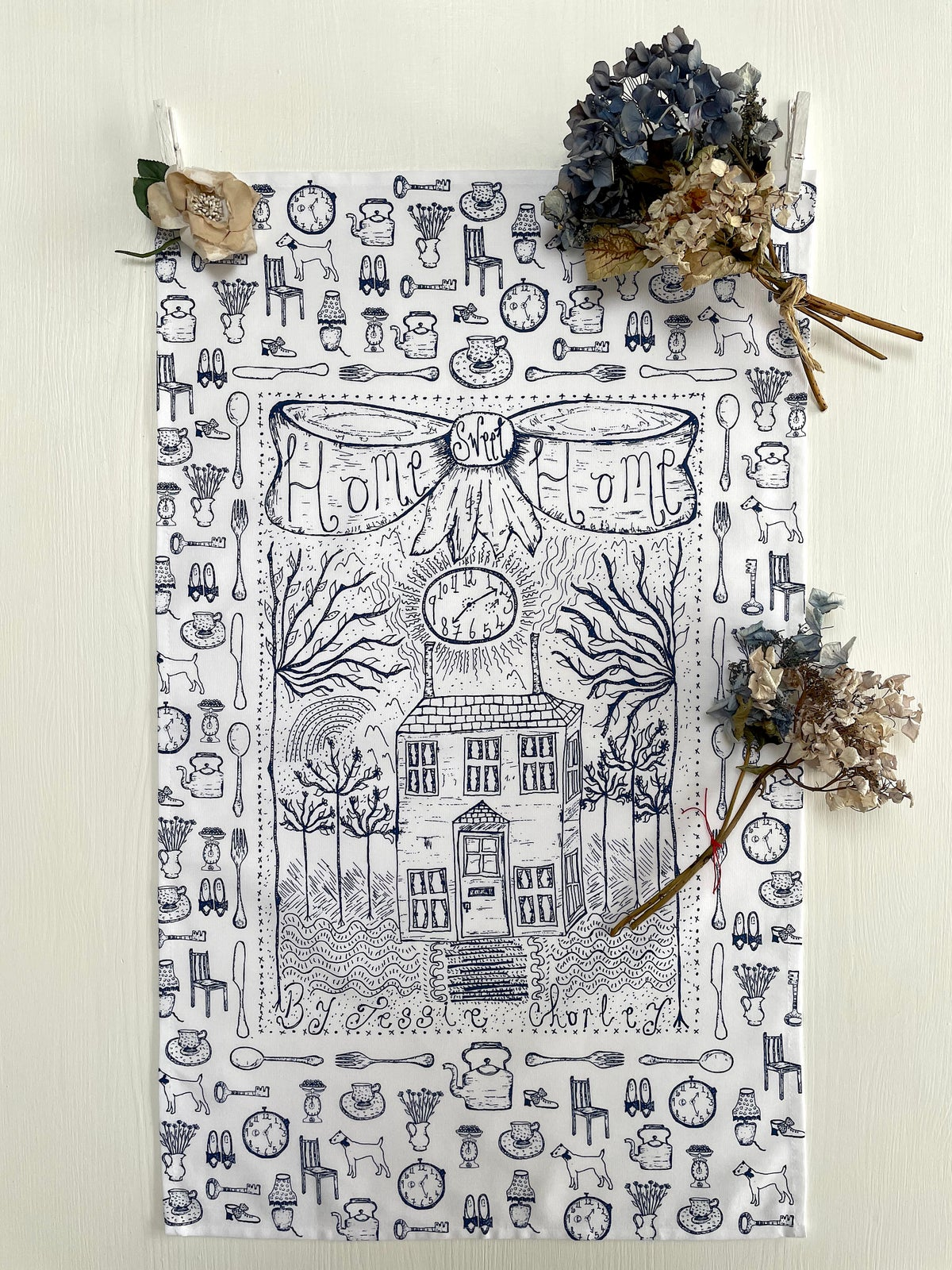 Image of 'Home Sweet Home' kitchen towel