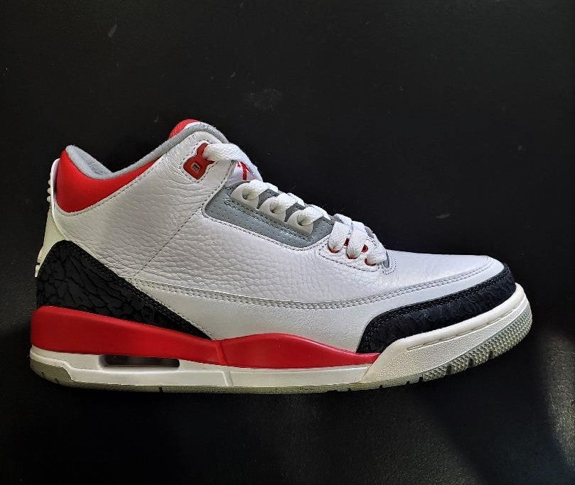 Image of Jordan Retro 3 (Fire Red) VNDS SZ 8.5