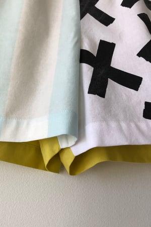 Image of Mixed Print Shorts - No. 10