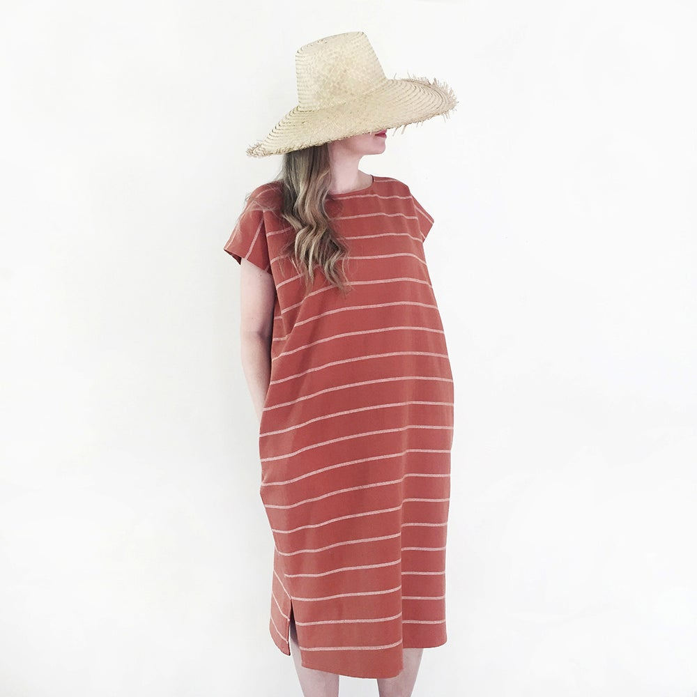 Image of Mamey Handwoven Cotton Pocket Dress